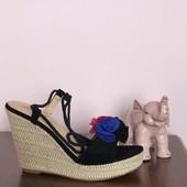 Взуття на літо